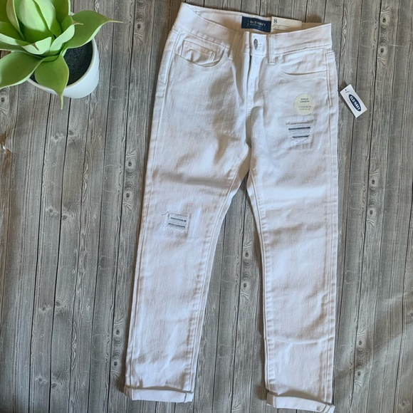 Old Navy Other - Old Navy Distressed Ankle Length Jean